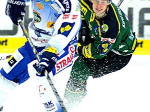Hokejisté Komety prohráli na ledě karlovarské Energie