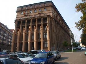 Poliklinika Zahradníkova se po letech dočká oprav