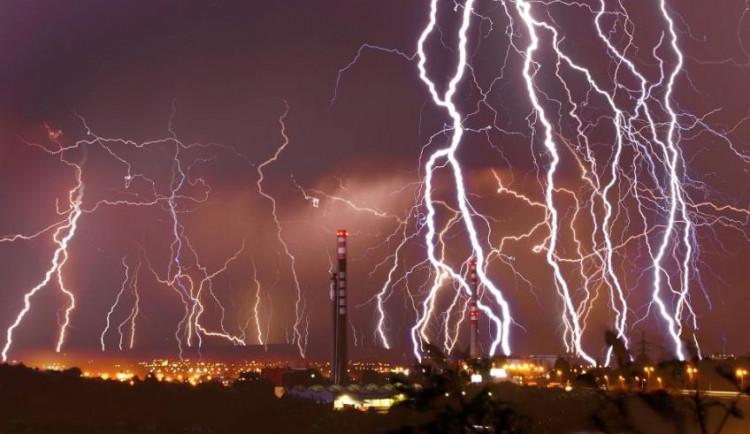 Brněnská technika získala generátor proudu se silou blesku