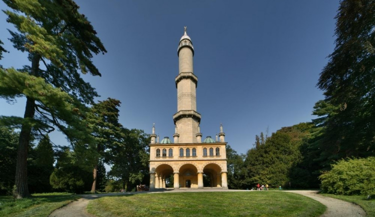 Památkáři chtějí obnovit zničené sály věže Minaret v Lednici