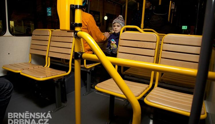 Dřevěné a plastové. Brňané testovali nové typy sedaček