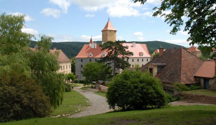 Hrady a zámky jižní Moravy zvou na vánoční výstavy a koncerty