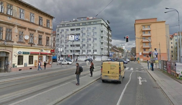 Oprava Milady Horákové odkloní z ulice veškerou dopravu