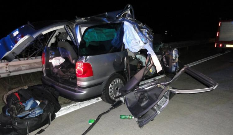 Tragická nehoda zastavila provoz na D2