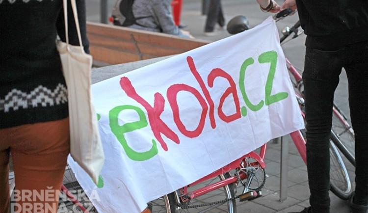 Lidé si v Brně začnou půjčovat růžová kola