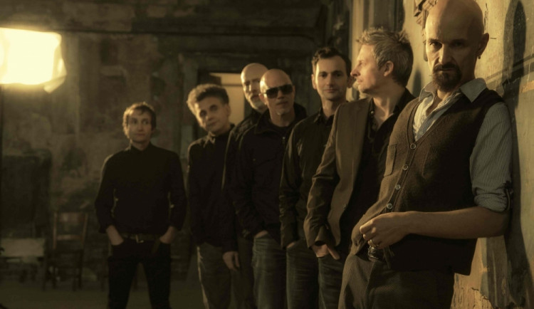 Jediný letošní koncert ve střední Evropě odehraje kapela James v červnu