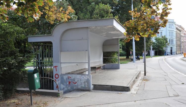 Tram Cafe na Obilním trhu nebude, radnice čekárnu pouze opraví