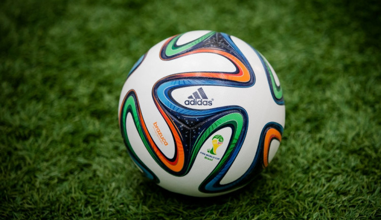 Chlapci se hrubě poprali kvůli sporu o značku míče