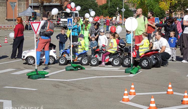 Den otevřených dveří Brněnských komunikací potěšil hlavně děti