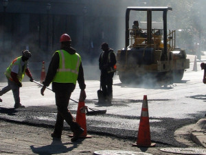 Oprava silničního průtahu Blanskem začne se zpozdí