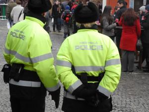 Nerušenou vánoční atmosféru na trzích pohlídají strážníci