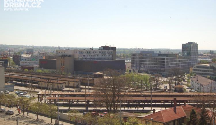 Radní chystají projekt na Jižní centrum s nádražím pod Petrovem
