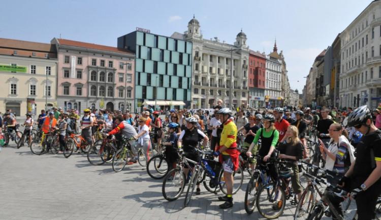 Cyklisté dostali zelenou, budou moci projíždět pěší zónou