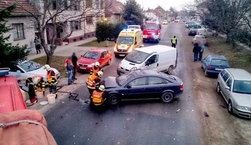 Při nehodě se zranili dva lidé