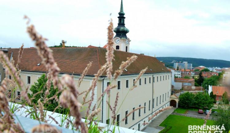 Brno se muselo postarat o 12 klientů z ubytovny v Přerově