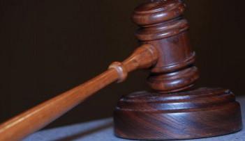 Ústavní soud odmítl stížnost ženy potrestané za smrt politika