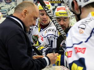 Kýhos už nebude trénovat Kometu Brno, o nástupci klub jedná