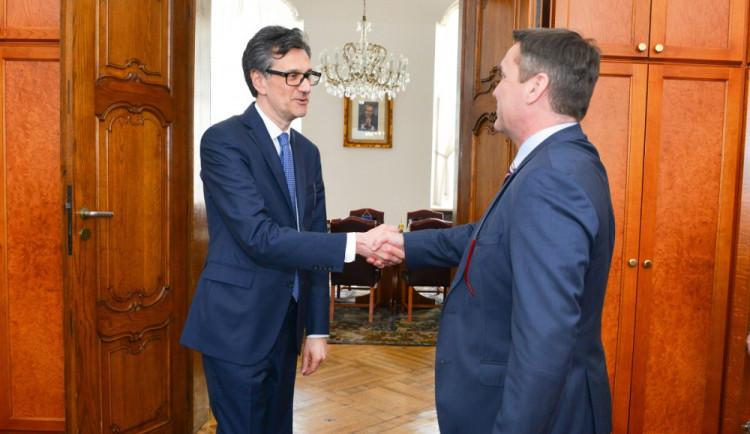 Primátor Brna jednal sfrancouzským velvyslancem