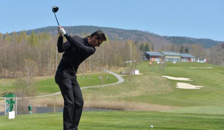 Nejvyšší česká profesionální golfová série Czech PGA Tour zavítá do Slavkova.