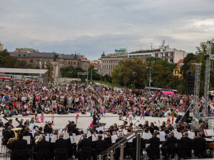 Koncert pod širým nebem zahájil sezonu Národního divadla Brno