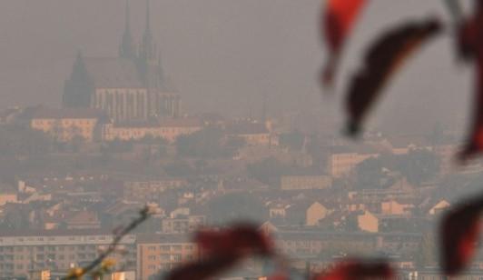 Aktivisté chtějí, aby vedení Brna lépe bojovalo se smogem