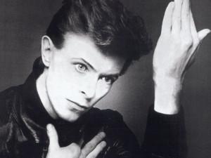 GLOSA: Géniové hudební scény odcházejí... Zemřel David Bowie