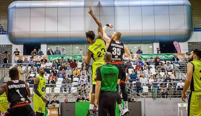 Basketbalisté Brna slaví teprve třetí výhru v sezoně, proti Opavě opět zářil Ware