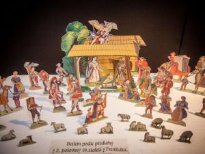Letohrádek Mitrovských představí víc než sedmdesát historických betlémů z celého světa