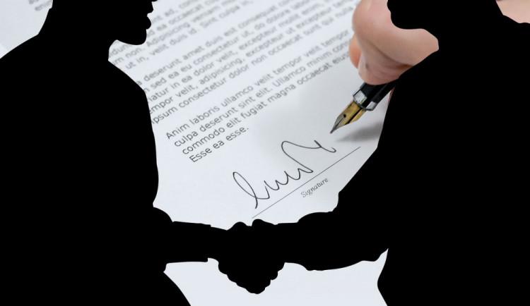 Brno bude i přes novelu zákona dál zveřejňovat smlouvy města i firem