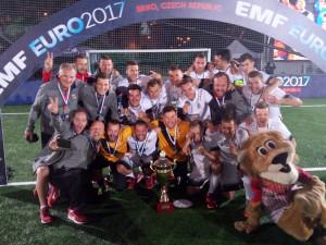 Zlatý sen se rozplynul. Češi ve finále Eura podlehli Rusku na penalty