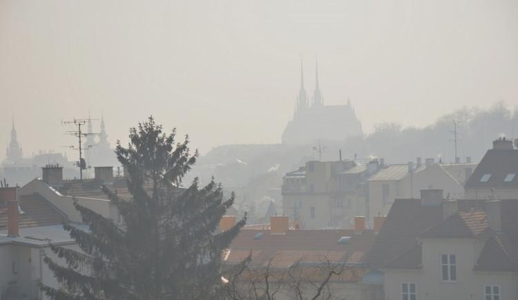Znečištěné ovzduší má v Brně na svědomí ročně přes 600 pacientů