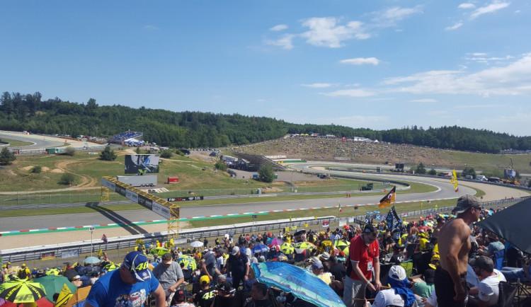 Návštěvnost motocyklové MotoGP v Brně opět nepřekročila 200 tisíc