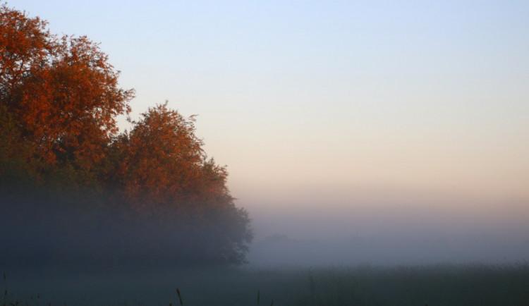 POČASÍ NA PÁTEK: Po ranní mlze se opět krásně vyjasní