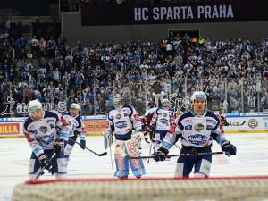 Parádní hokej, úžasná atmosféra, body bohužel žádné. Kometa na Spartě prohrála o gól