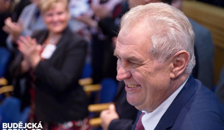 Miloš Zeman obhájil funkci prezidenta republiky
