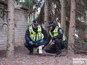 Strážníci našli loni v Brně přes dva a půl tisíce jehel po narkomanech