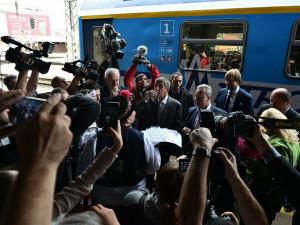 FOTO: Premiér s vládou v demisi dorazili do Brna. Babiš se podivil nad cenou nového nádraží