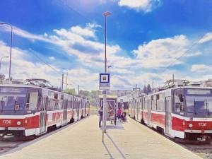 Kvůli opravě tramvajových tratí nepojede přes léto šalina do Líšně. Čekají nás i další změny v MHD