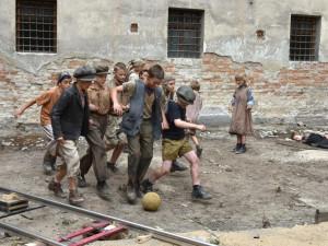 FOTO: Káznici na Cejlu obsadili filmaři. Natáčí zde drama z druhé světové války