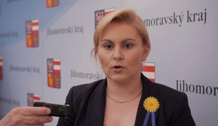 Pokud se prokáže, že Malá opisovala, měla by asi odstoupit, říká Andrej Babiš