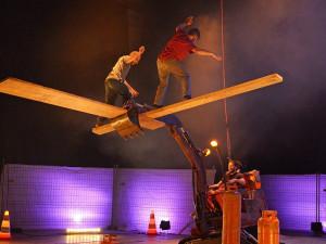 SOUTĚŽ: V Brně se představí fenomenální francouzští akrobati nového cirkusu