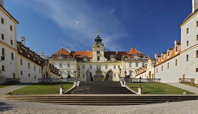 Unikátní zámek ve Valticích prochází částečnou rekonstrukcí. Přibude také nový okruh prohlídek
