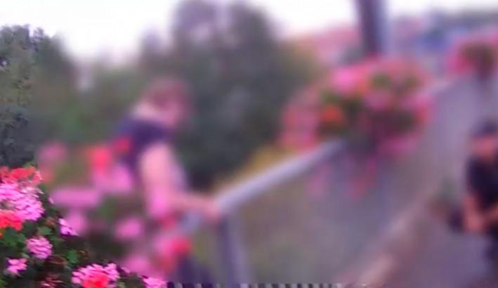 VIDEO: Hlídka znojemských strážníků rozmluvila ženě pokus o sebevraždu