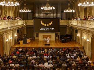 Na Mars i do hasičského vozu. Konference Leadership nabídne inspirativní řečníky různých odvětví