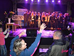 Benefiční koncert v Dolních Dunajovicích nepřekazil ani silný déšť. Vybralo se desítky tisíc