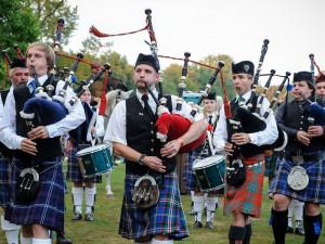 TIPY NA VÍKEND: Skotské hry, Zombie walk, Festival kamionů, Cakefest a Noční běh Brnem