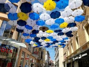 Z České zmizely veselé deštníky, nyní pomohou dětem