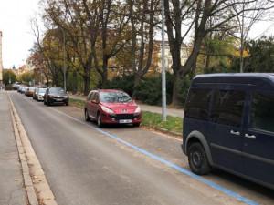 V Brně se dnes rozšířilo rezidentní parkování, ulice někde výrazně prořídly