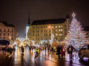 PŘEHLED: Podrobný program brněnských vánočních trhů