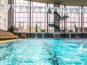 Plavecký stadion za Lužánkami slaví 40 let. V neděli bude plavání pro veřejnost zdarma